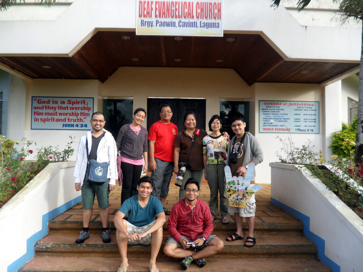 CIC Board members Lydia Robledo, Zenet Maramara and Redge Manalo with DEAF Director Buddy Quare (center) and volunteers from Redge's home church in front of the D.E.A.F. Chapel